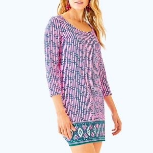Lilly Pulitzer Dress 3/4 sleeve scoop neck